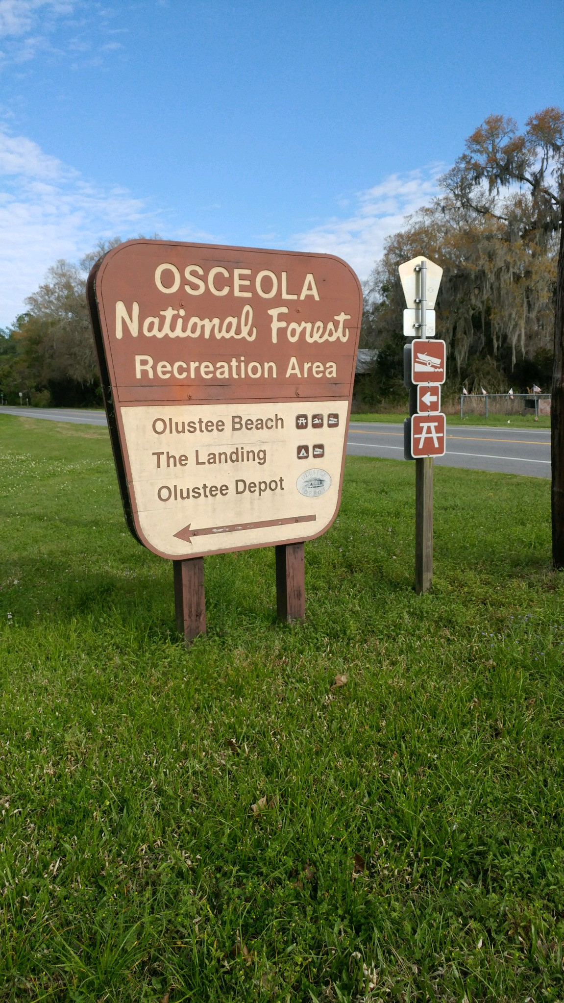 Osceola National Forest Sign